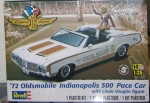 1972 Oldsmobile Indy Pace Car with Linda Vaughn figure, 1/24, Revell 85-4197